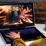 bermain game dengan gaming laptop